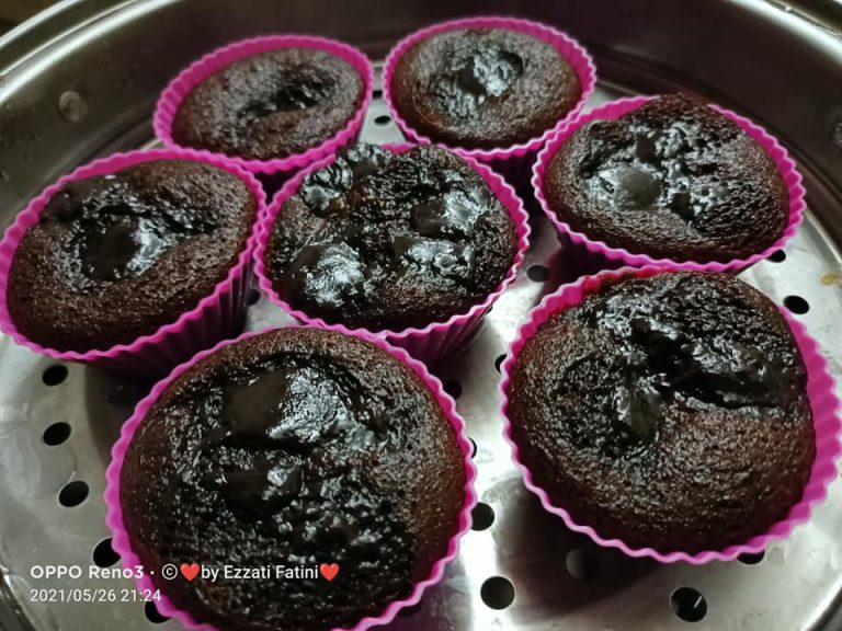 kek coklat kukus  simple nak buat padu rasanya ni resipi dikongsikan mudah je bahan Resepi Kek Coklat Guna Blender Enak dan Mudah